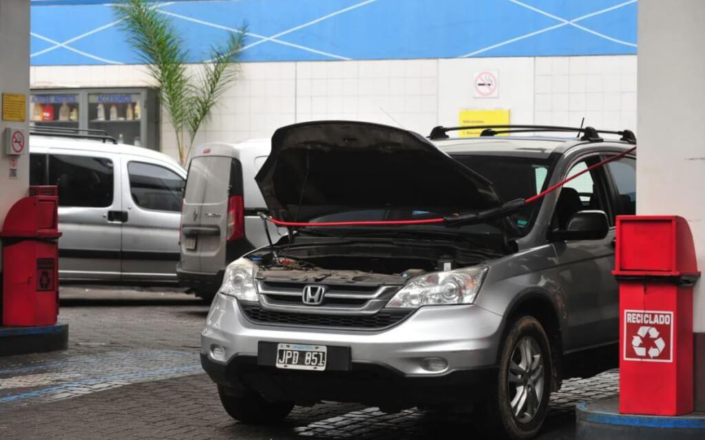 El GNC vuelve con todo: casi 500 autos por día se pasan a gas