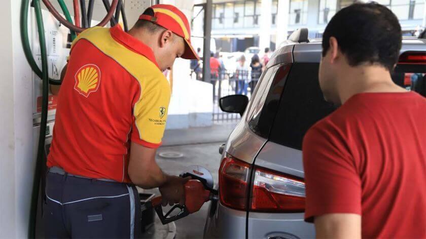 Se espera un aumento del 1,7% los combustibles en las próximas horas